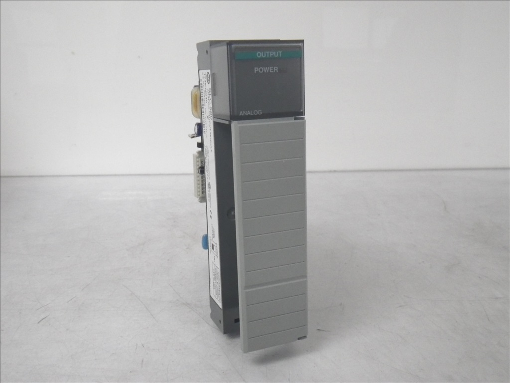 1746-NO4V Allen Bradley New (6)