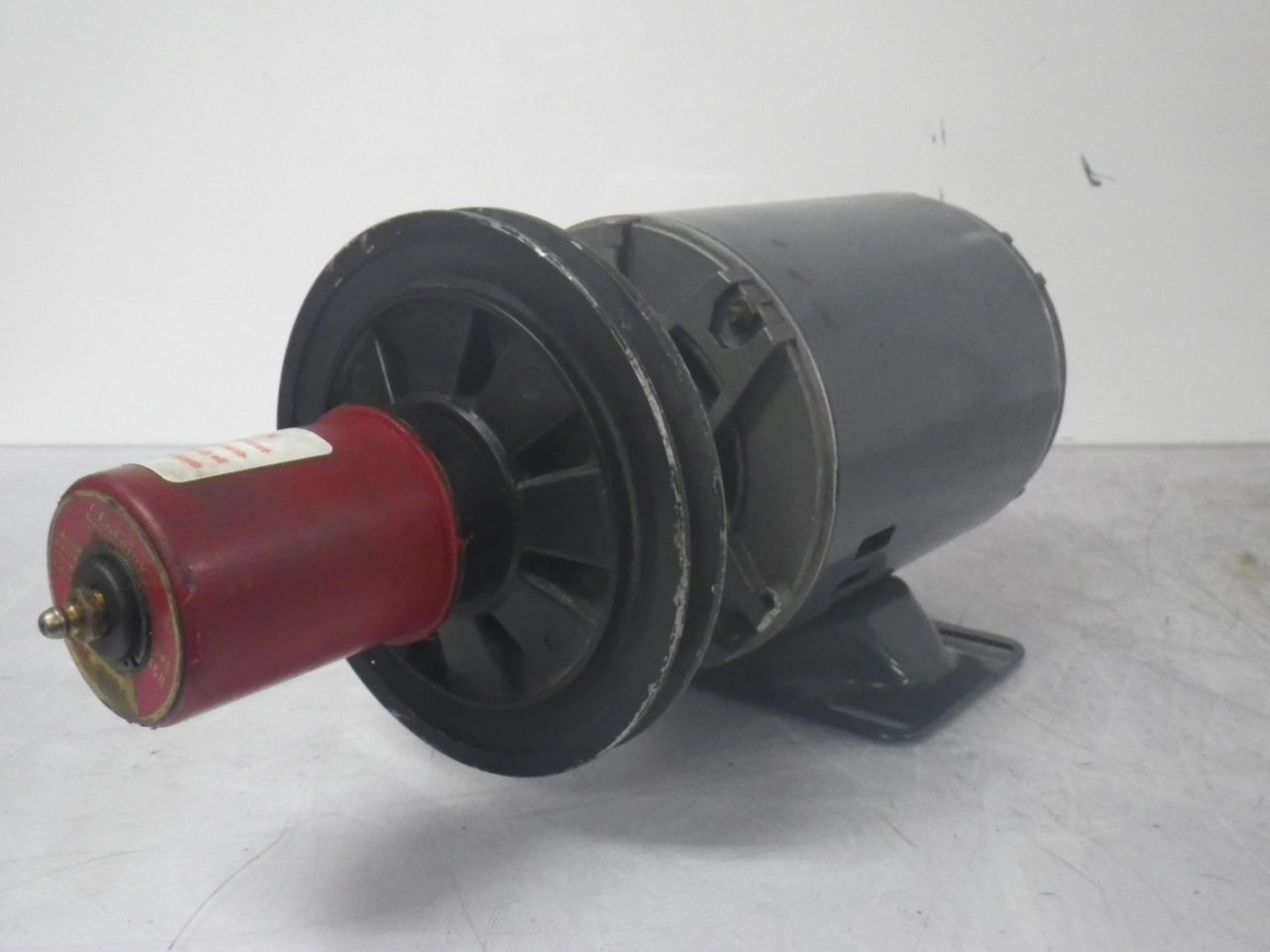 IMGP65595K36MN4B 160 58B GE Motor With LOVEJOY Pulley Type 160 58b 12hp 208-230460v 1725rpm (3)