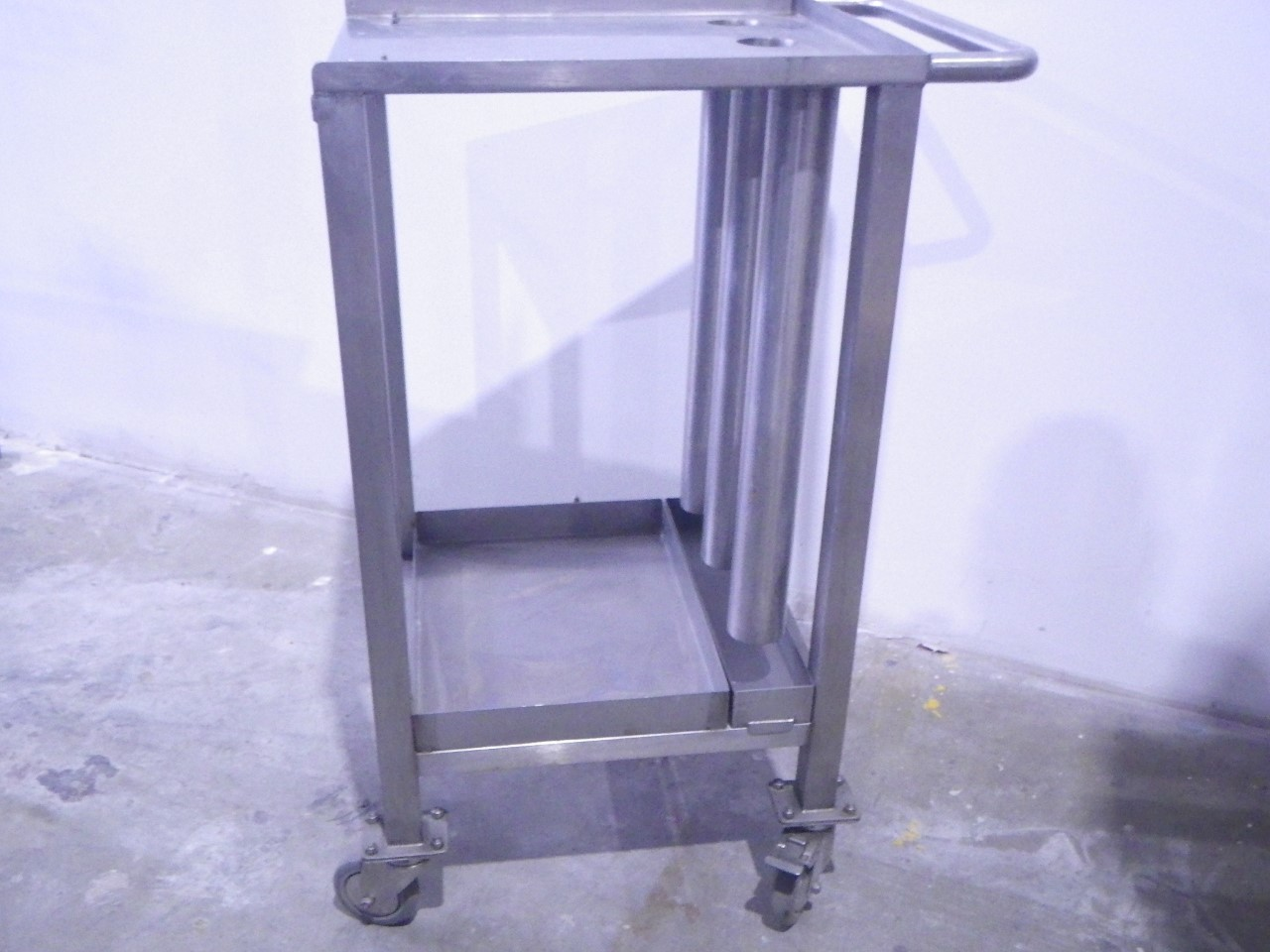 Custom stainless steel cart (2)
