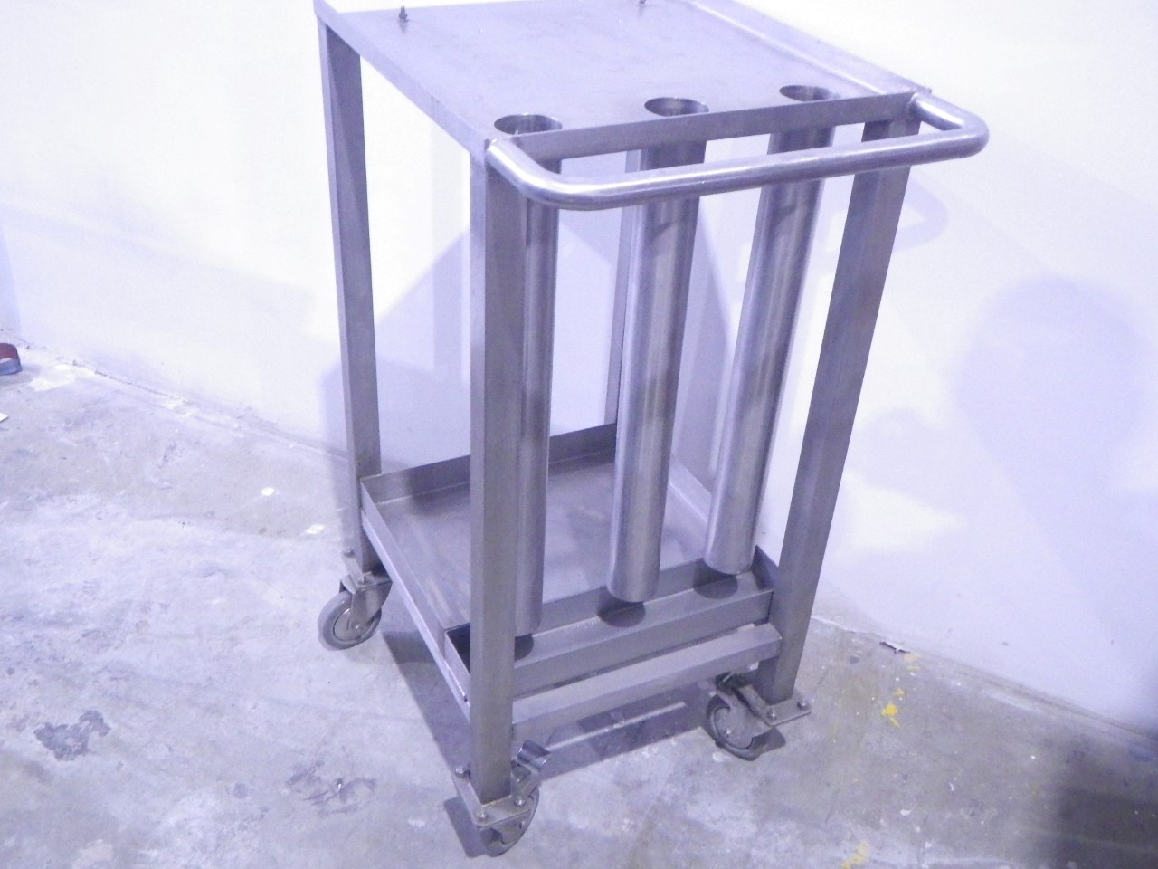 Custom stainless steel cart (4)