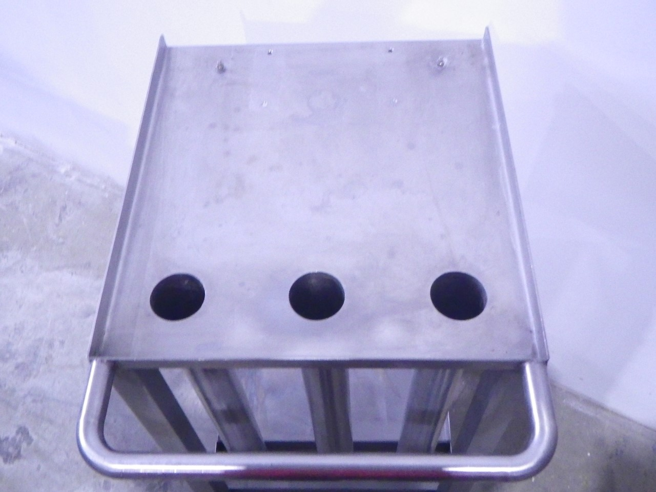 Custom stainless steel cart (6)
