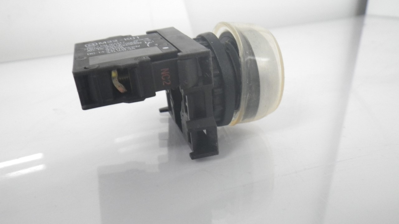 IMGP7283M22-K01Moeller Red Push Button Stop 10a 600vac 1a 250vdc (Used Tested) (8)