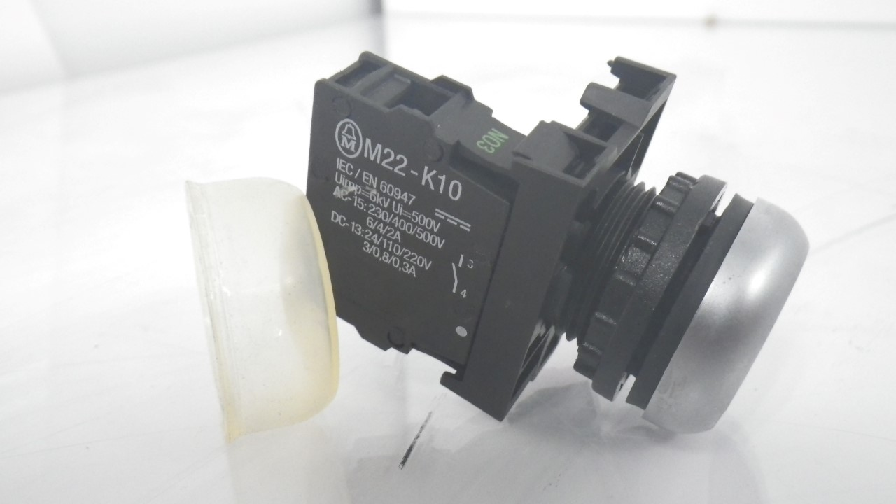 IMGP7314M22-K10 Moeller Push Black Button 10A 600VAC (Used Tested) (14)