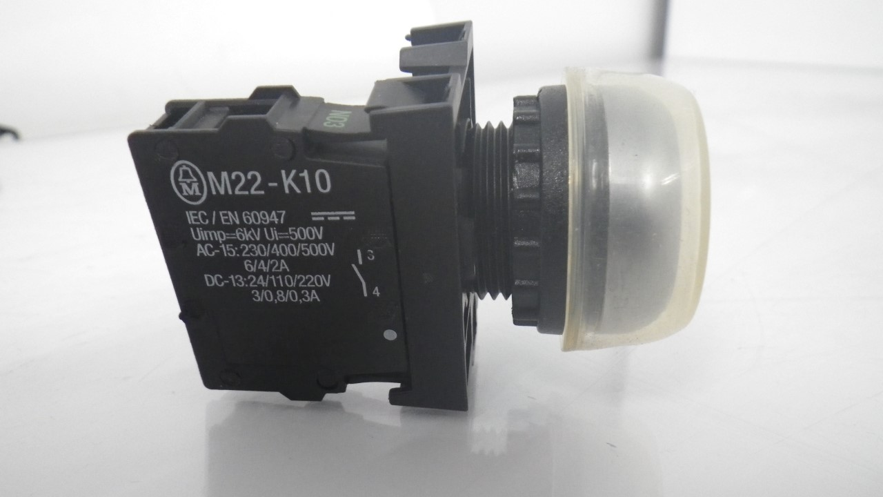 IMGP7314M22-K10Moeller Push Black Button 10A 600VAC (Used Tested) (3)