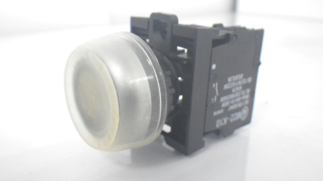 IMGP7314M22-K10Moeller Push Black Button 10A 600VAC (Used Tested) (6)