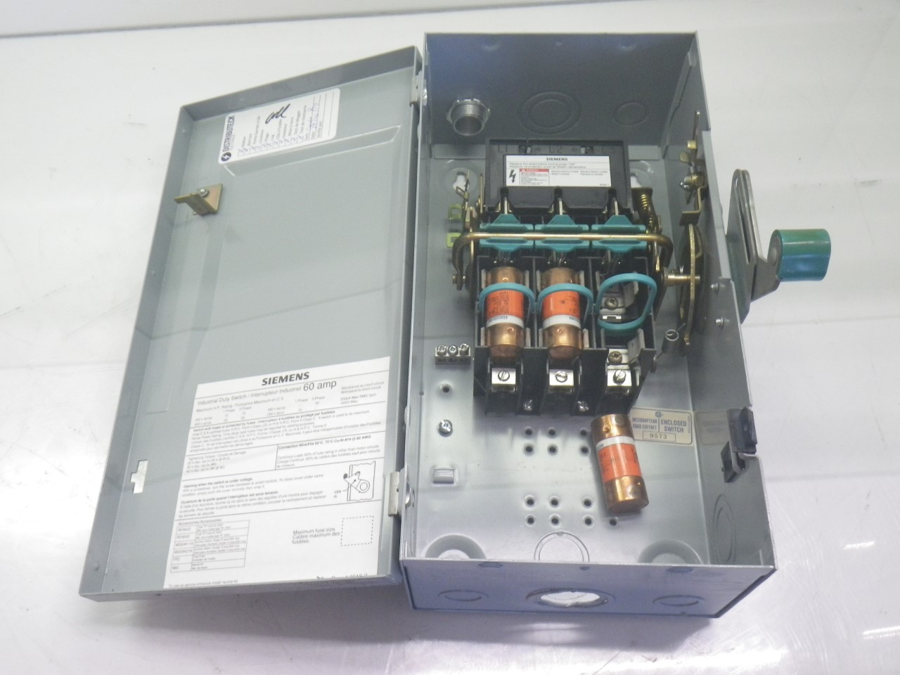Id362 Electric Box Breaker Electical Fuses Imgp0115id362 Siemens Electrical