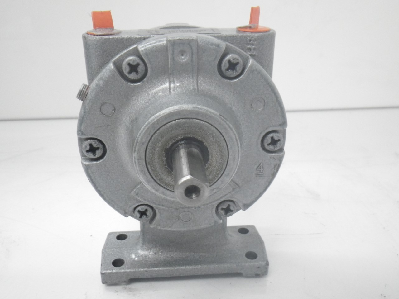 IMGP11832AM-FCC-1 Gast Air Motor (Used Tested) (Very Good Condition) (1)