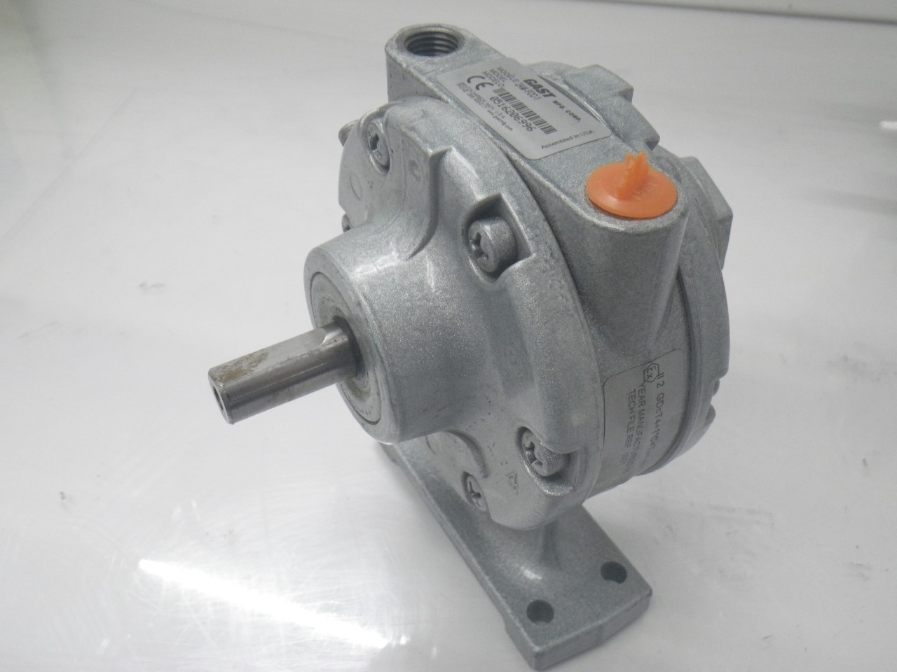 IMGP11832AM-FCC-1 Gast Air Motor (Used Tested) (Very Good Condition) (11)