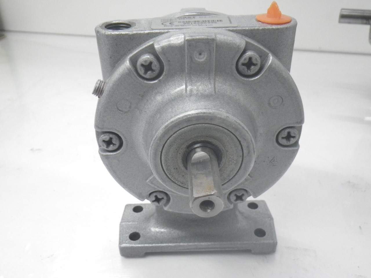 IMGP11832AM-FCC-1 Gast Air Motor (Used Tested) (Very Good Condition) (13)