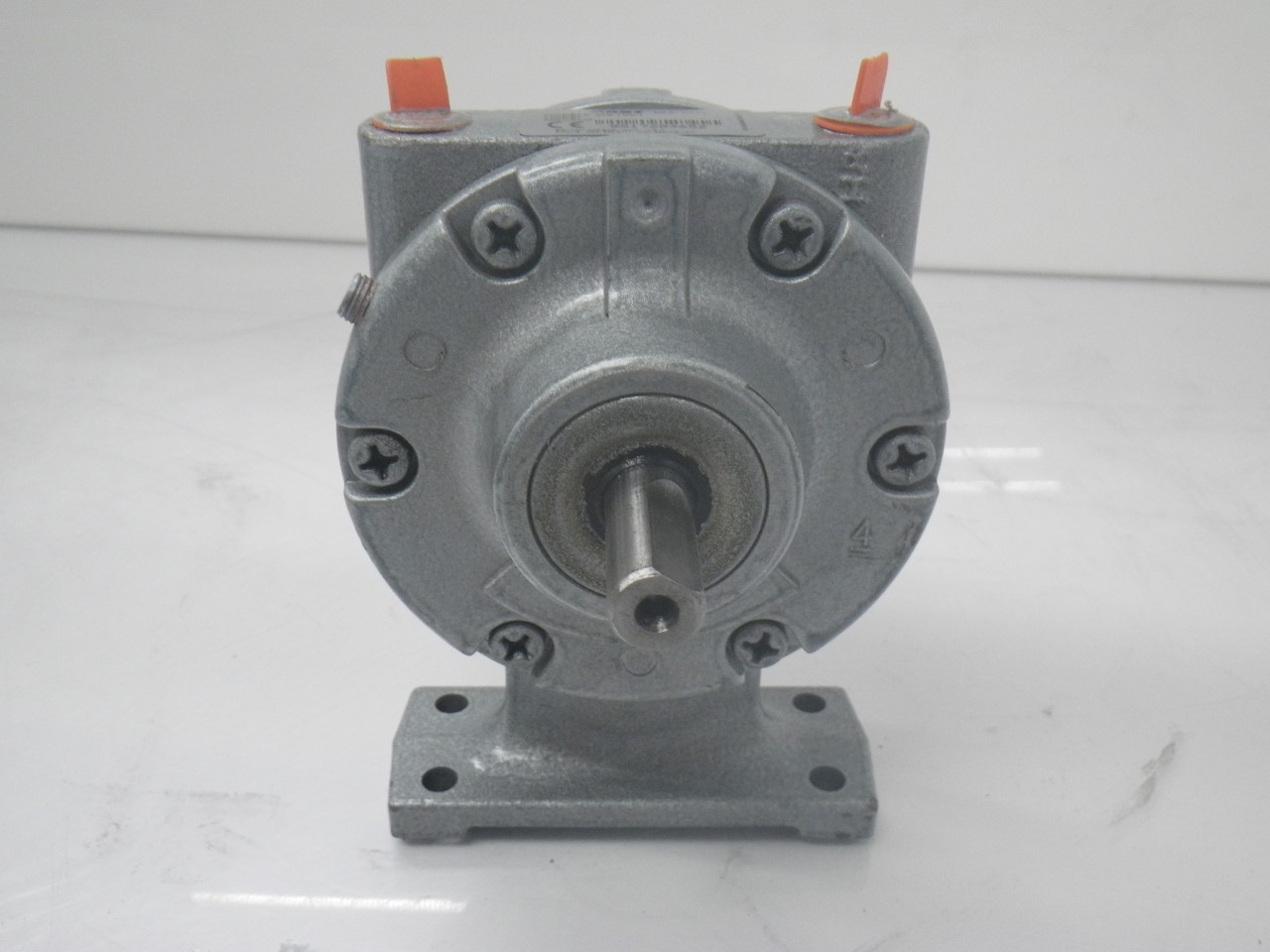 IMGP11832AM-FCC-1 Gast Air Motor (Used Tested) (Very Good Condition) (5)