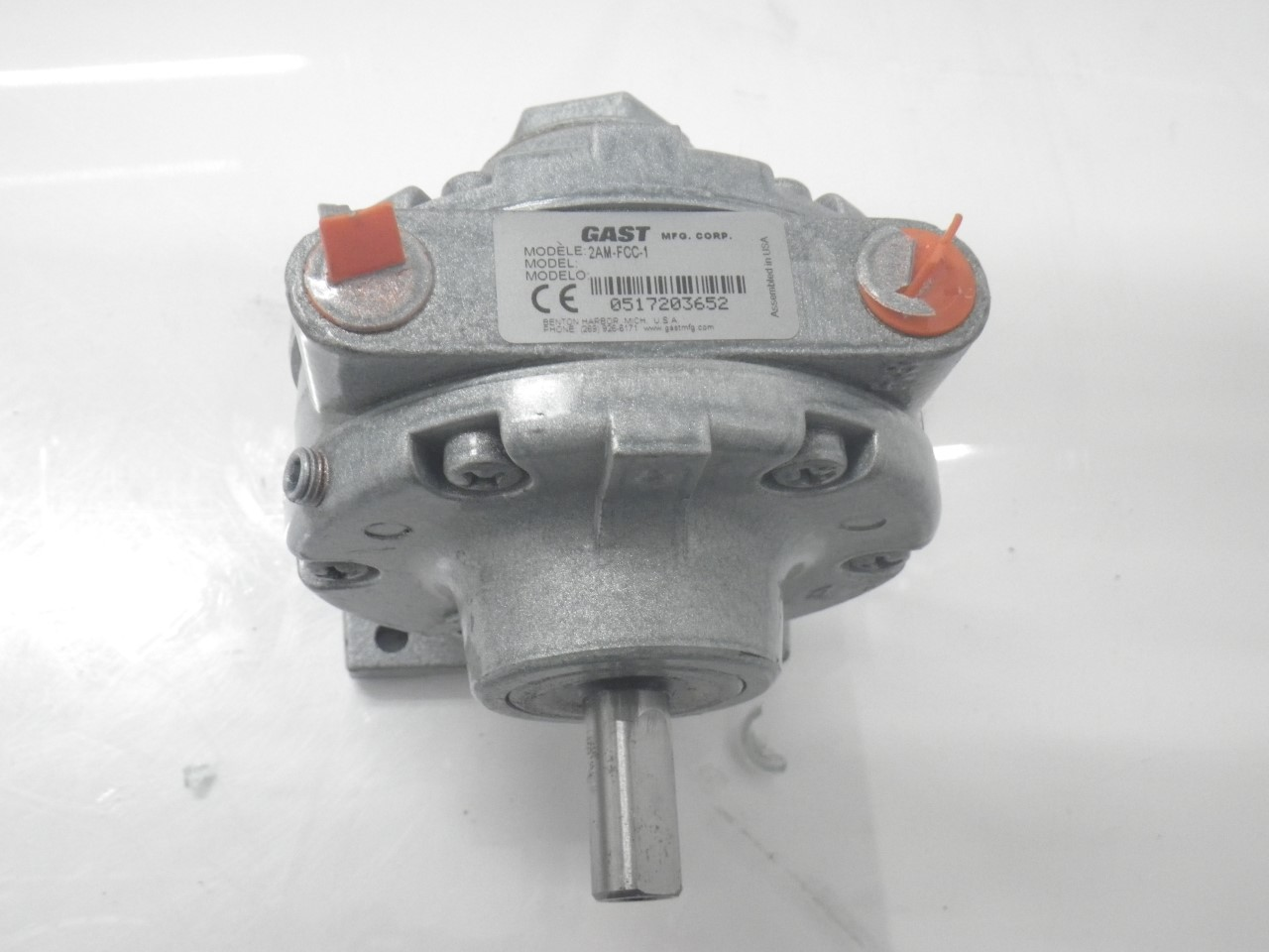 IMGP11832AM-FCC-1 Gast Air Motor (Used Tested) (Very Good Condition) (8)