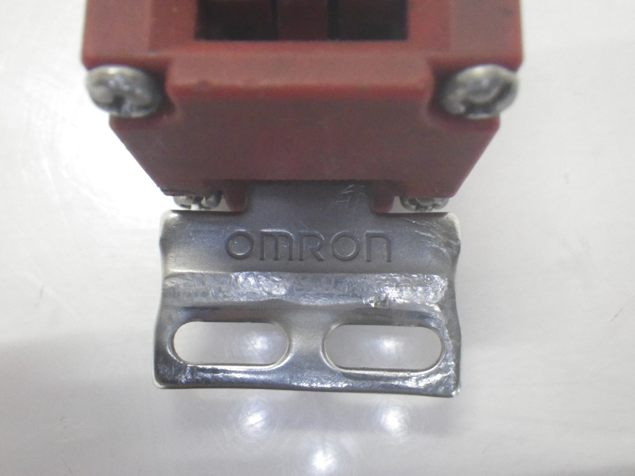 IMGP6811D4NS-3AFOmron Door Switch ,240 Vac, 3 A (Barely Used) (7)