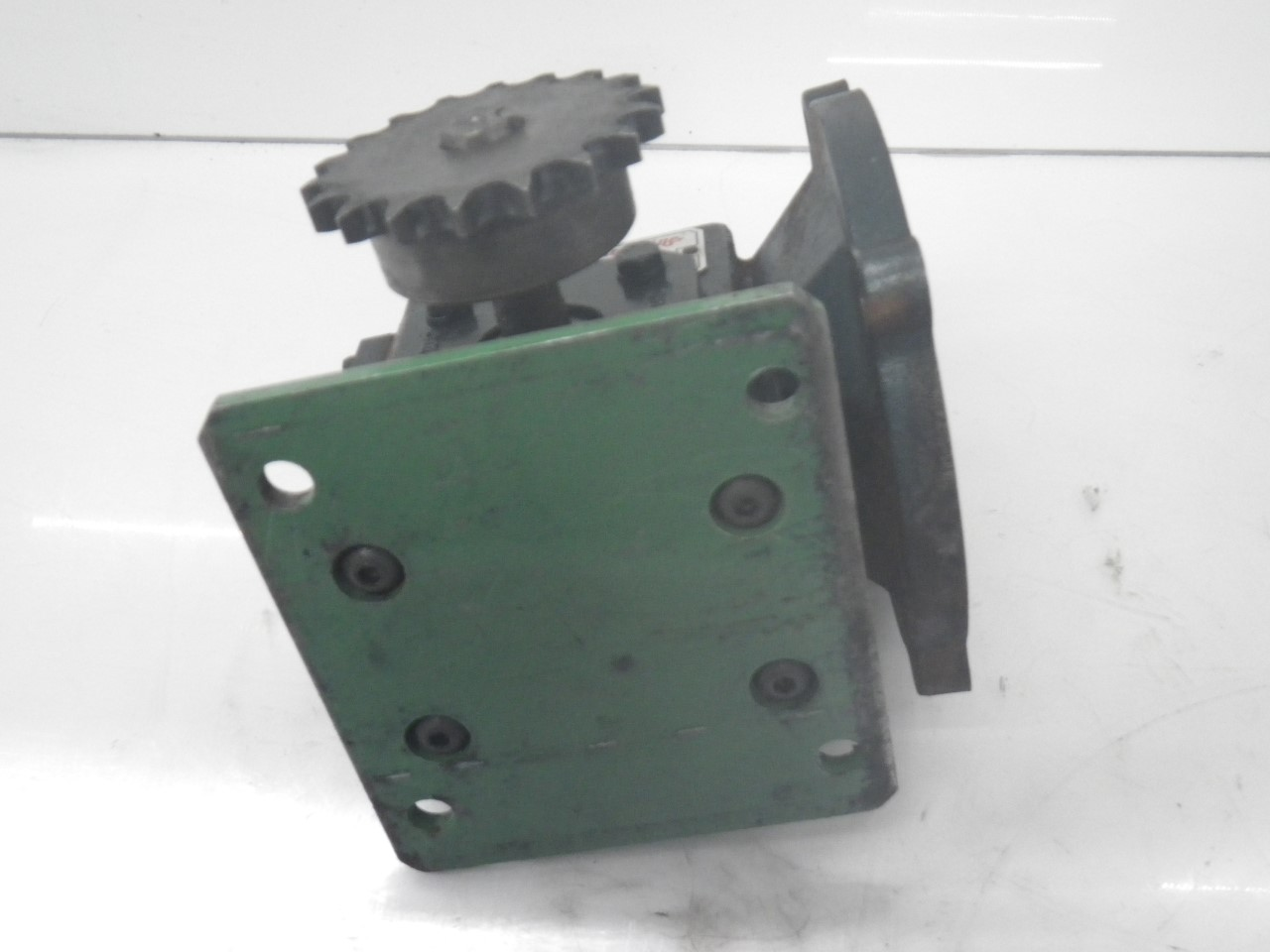 IMGP6972M01133-2 Flexaline GearBox 0.260 inhp, ratio140 motor frame56c (Used Tested) (10)
