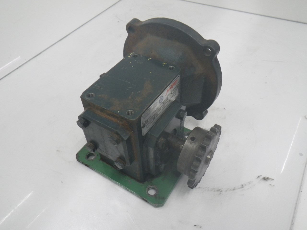 IMGP6972M01133-2 Flexaline GearBox 0.260 inhp, ratio140 motor frame56c (Used Tested) (3)