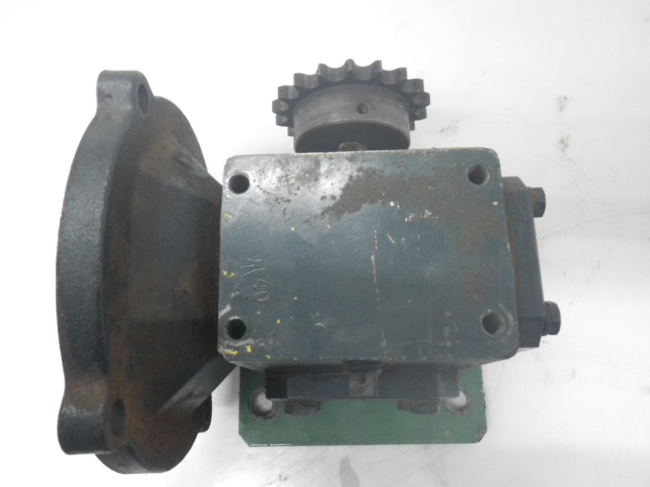 IMGP6972M01133-2 Flexaline GearBox 0.260 inhp, ratio140 motor frame56c (Used Tested) (6)