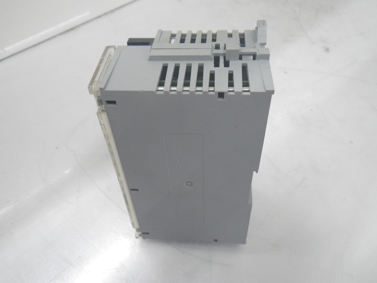 IMGP83251791-8AC Allen Bradley 1791-8ac Series b Block Io Module 120v (Used Tested) (8)