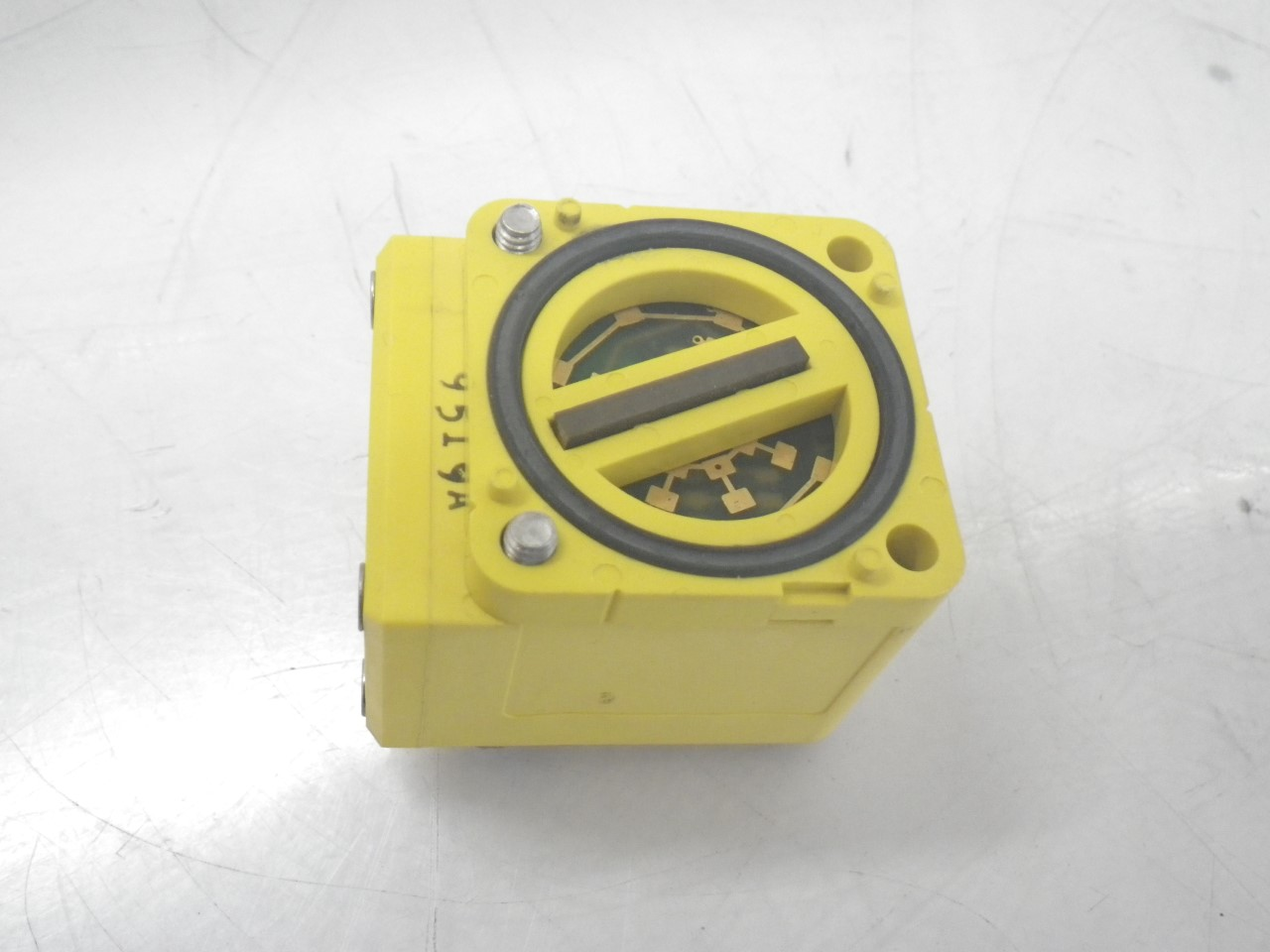 IMGP8411RSBD Banner Engineering Photoelectric Sensor Maxi-beam Diffuse(Used Tested) (2)