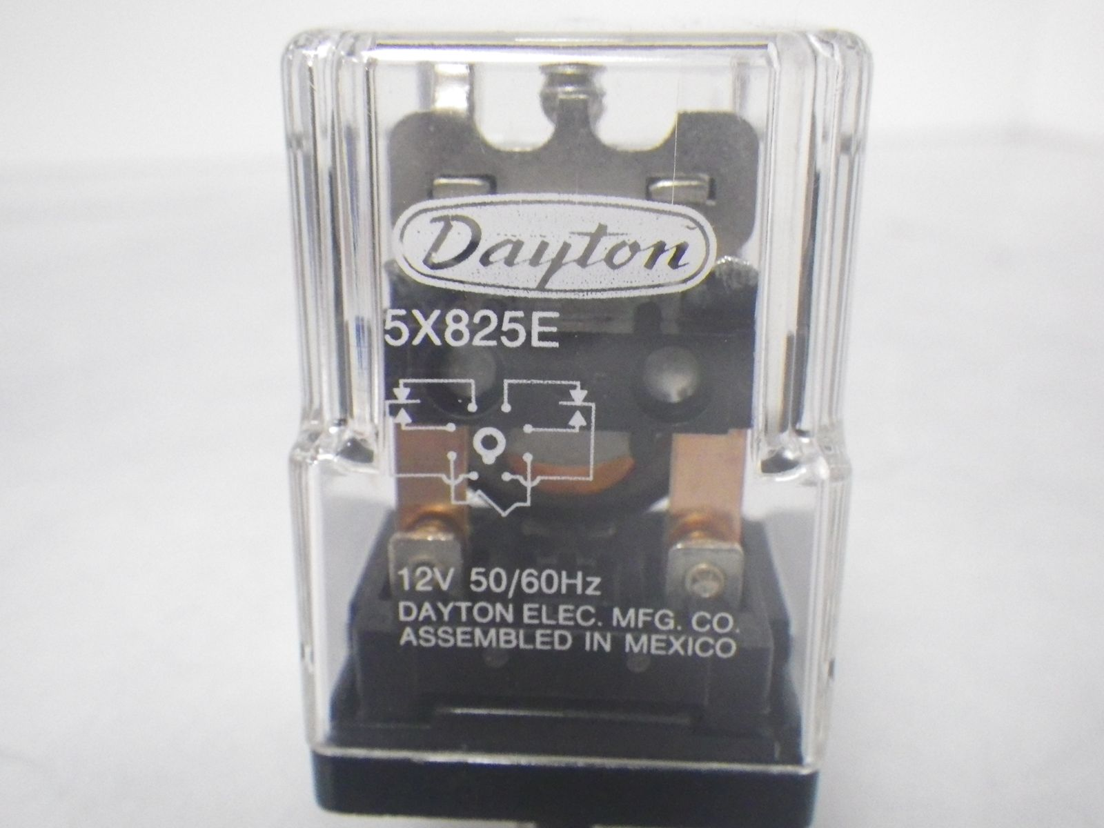 dayton 5x825e relay 12a 120vac 10amp 250vac 8pin  new open